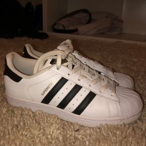 Adidas Superstar Sneakers Size 7.5